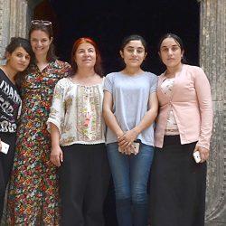 Trainingen geven Yezidi-vrouwen de moed om vooruit te kijken