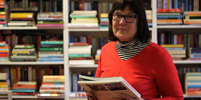 Lia in de Hivos Boekwinkel Barneveld