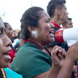 Revolutionaire overwinning voor inheemse rechten in Ecuador beschermt het Amazone regenwoud tegen goudmijnen