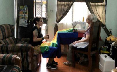 Hoe een 81-jarige oma het symbool werd van de LHBTI-beweging