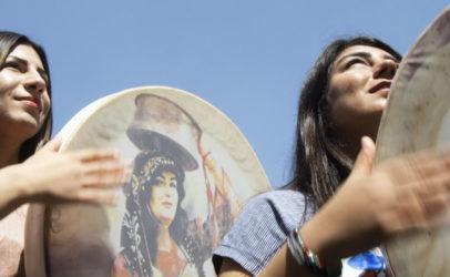 Hivos opent fototentoonstelling om aandacht te vragen voor yezidi-vrouwen