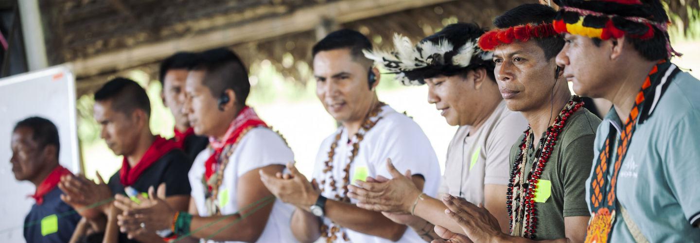 Inheemse leiders ontmoeten elkaar in Ecuador