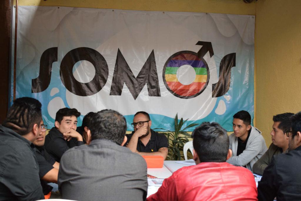 Op het kantoor van SOMOS in Guatemala