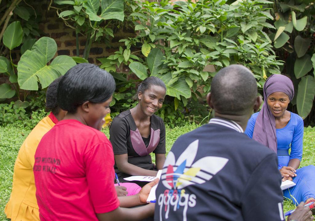 Janepher geeft een workshop over arbeidsrechten